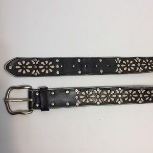 Lucky Brand Belt. Size 28